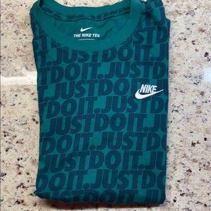Nike T shirt size s men's